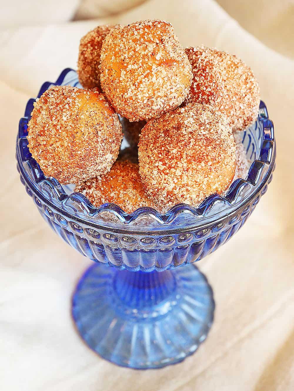 donuts-munchkins