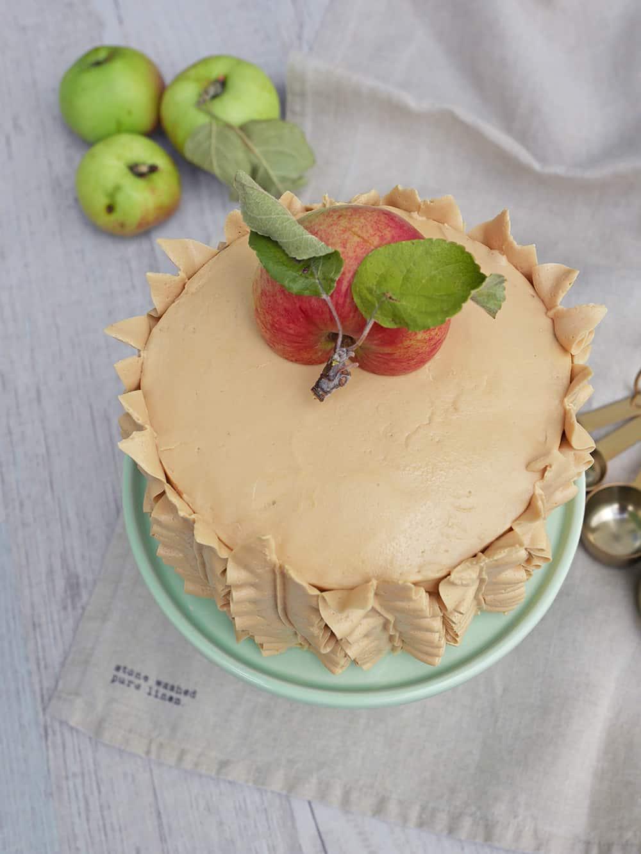 äppel-och-lönnsirapstårta-4