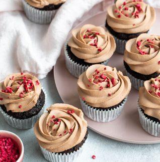 chokladcupcakes med oboyfrosting-3