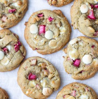 rabarbercookies med kardemumma och vit choklad-3
