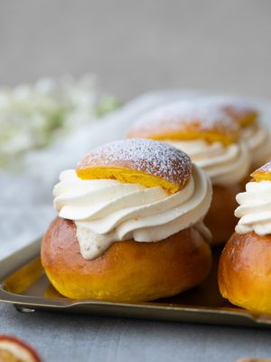 saffrans- och apelsinsemlor-2